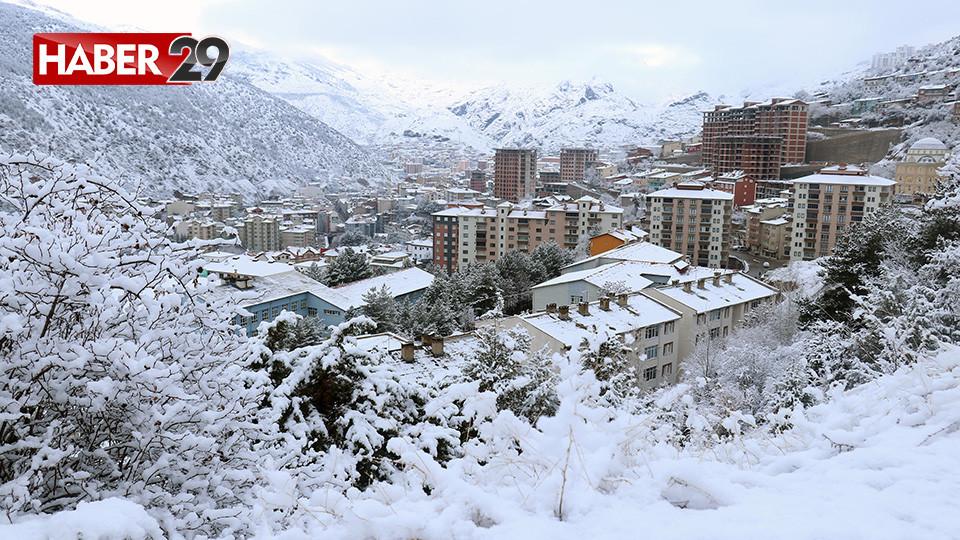 Gümüşhane'de Kar Yağışı Etkili Oldu